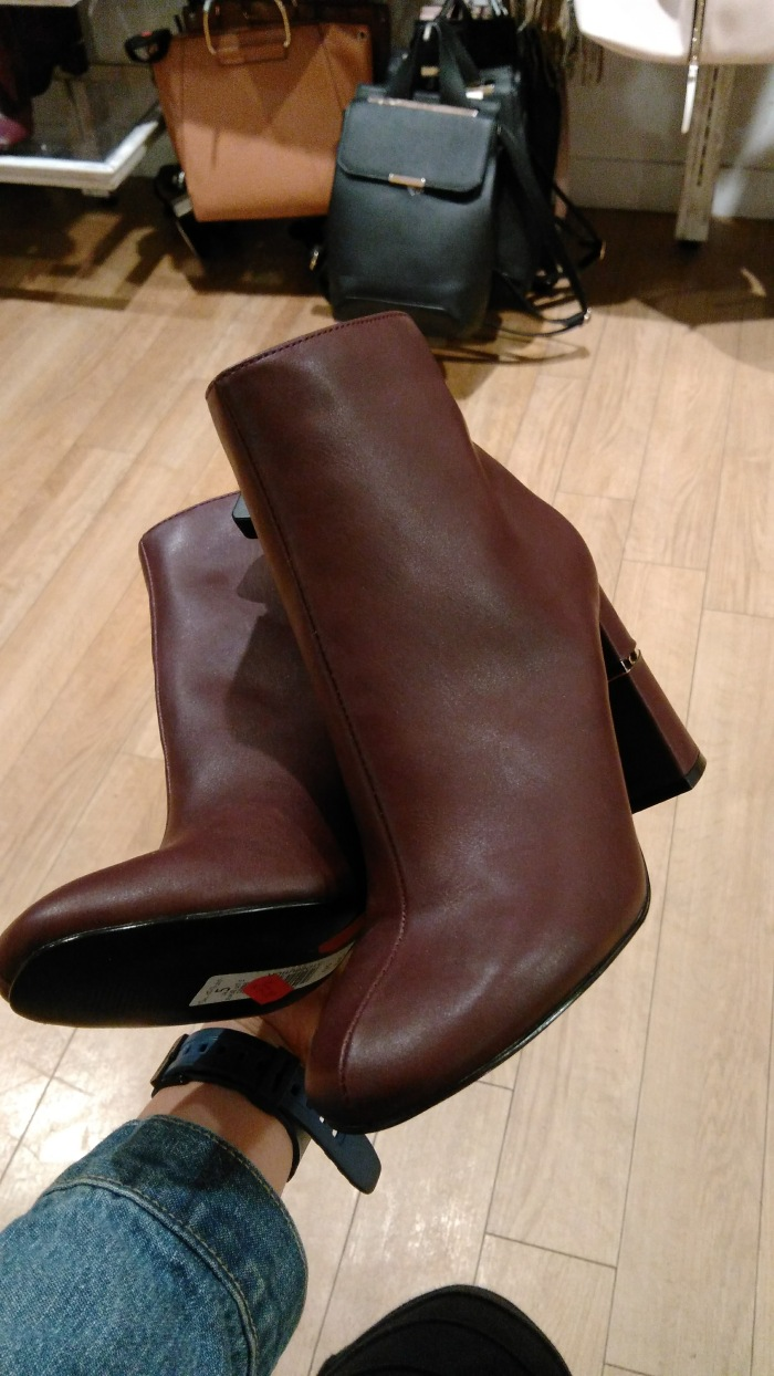 burgundy-boots
